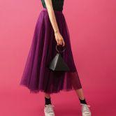 秋スタイルはドラマティックなスカートで